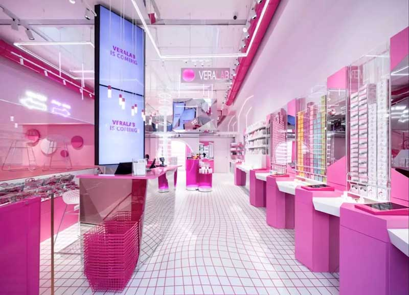 Estetista Cinica flagship store VeraLab Milano