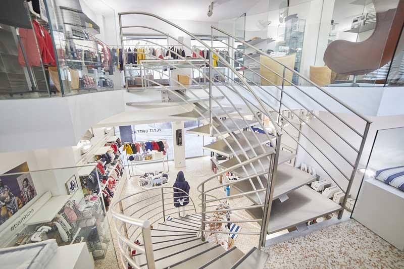 Petit Bateau Milano progettato dallo studio De Molinari-Clerici