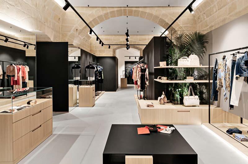 progetto showroom Bvono Studio architettura Alessandro Fontana