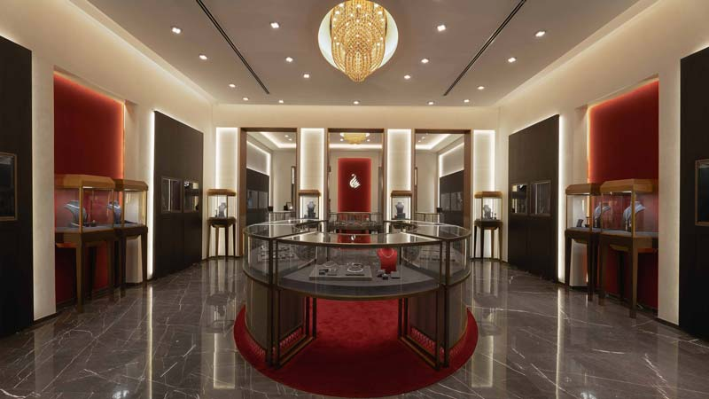 lighting for luxurious retail space