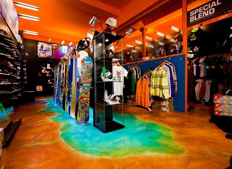 Decorazione cromatica ad effetto acidificato per pavimenti