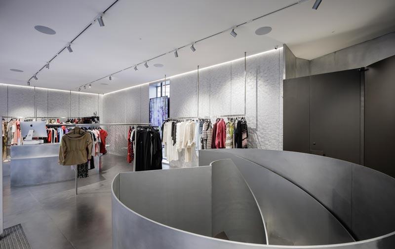 Guillermo Vázquez Consuegra progetto boutique MKR Siviglia