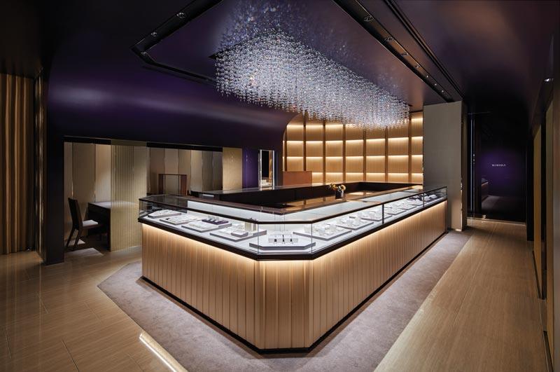 Progetto per la Gioielleria NIWAKA di Tokyo Ginza by GARDE