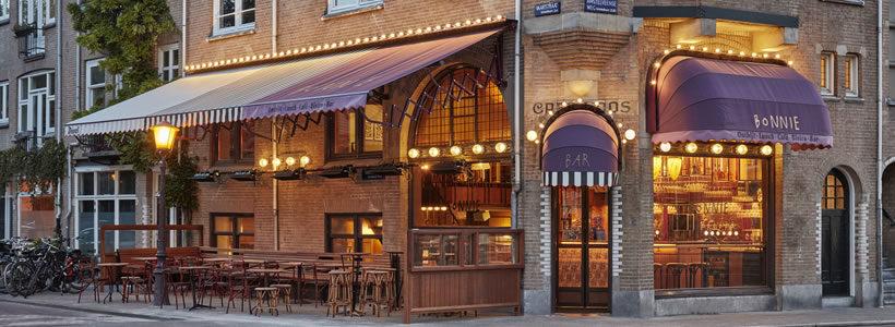 Studio Modijefsky signs the interior design of Bonnie Café in Amsterdam.