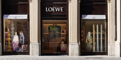 LOEWE inaugura una boutique Monaco di Baviera.