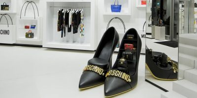 MOSCHINO: virtual shopping experience nelle boutique di Roma e Milano.