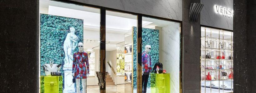 Versace apre una boutique a Bologna.