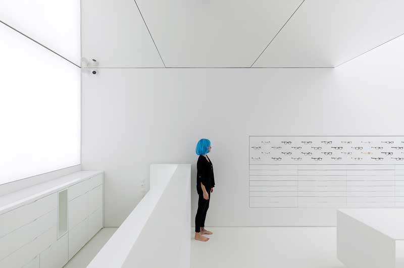 MOLD architects Centro Ottici - Optical Store project