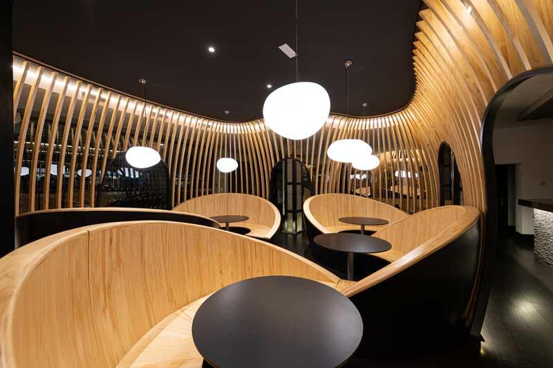 Lo Studio SMLXL firma gli interni del ristorante coreano Mandu