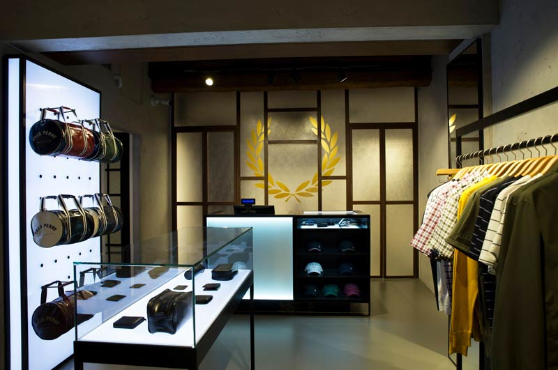 FRED PERRY monobrand store in Milan