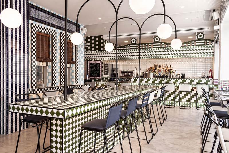 Masquespacio design restaurant La Sastrería in Valencia.