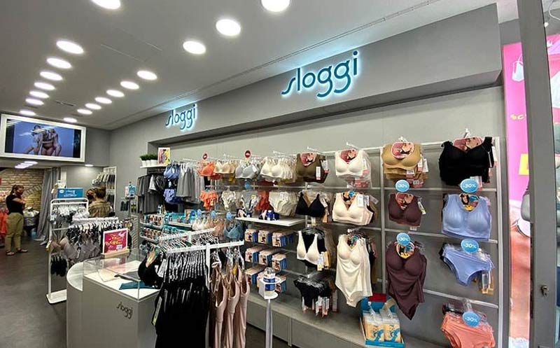 Il negozio Sloggi a Rimini