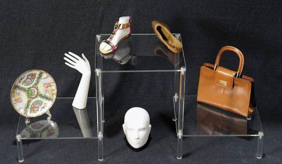 EUROVETRINA segnaprezzi componibili ed espositori per vetrine e negozi.