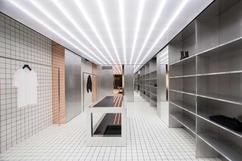 Apt5 Architettura progetto per la Boutique D - 2 a Salerno