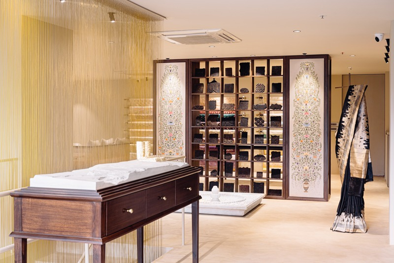 Designed by Aditi Sharma Design Studio the Tilfi store spreads across 230 sqm. at Rathyatra, Varanasi, India