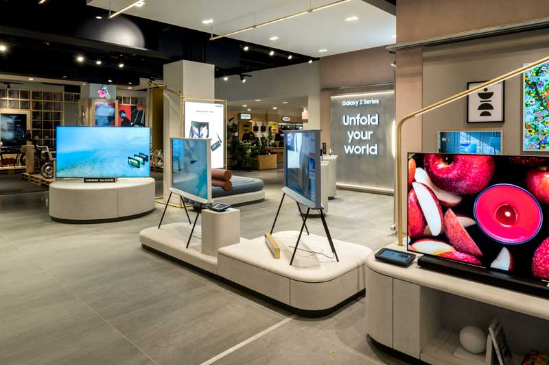 Located on the lower ground floor of Selfridges on London's Oxford Street, the space was conceptualised by brand innovation studio Dalziel & Pow in the brand's latest collaboration with the studio.